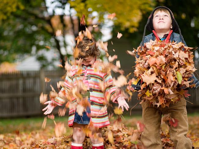 Фото детей осенью красивые фото
